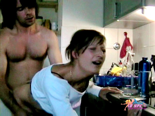 Webcam video privat - wc164 show everything in the kitchen